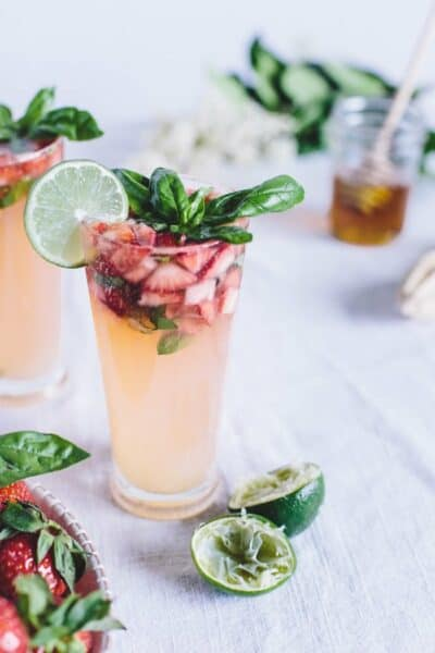 Alcohol Free Summer Strawberry Drinks