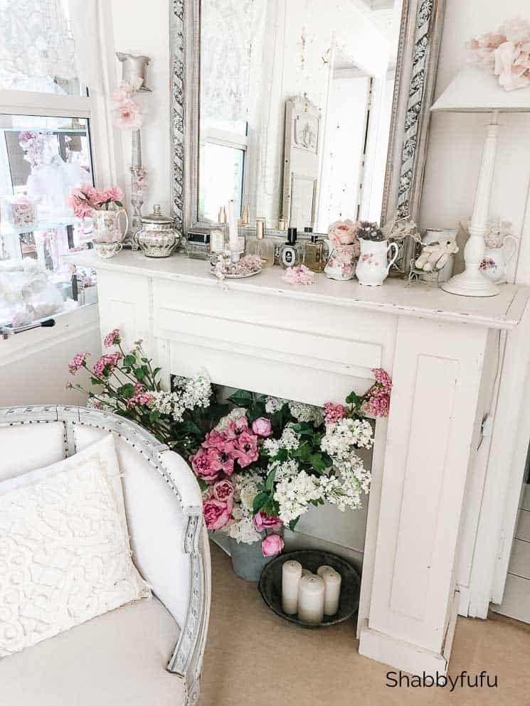 french farmhouse mantel