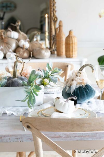 velvet pumpkins early fall tablescape