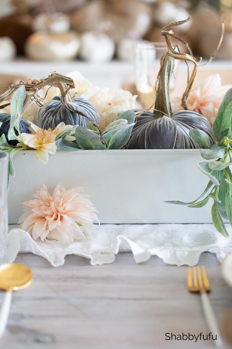 velvet pumpkins early fall tablescape