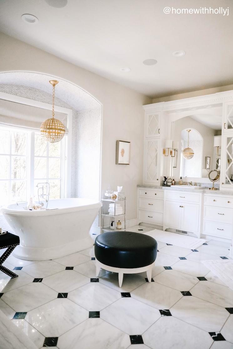gorgeous Utah home master bathroom