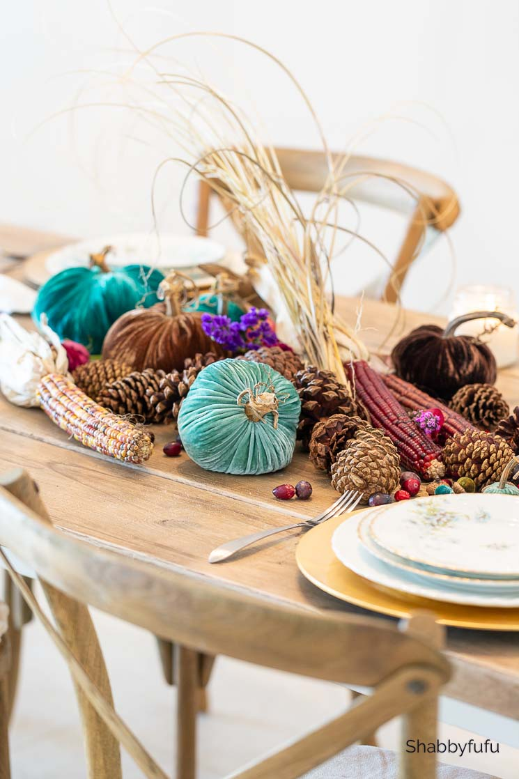 simple Thanksgiving table setting beach house tablescape