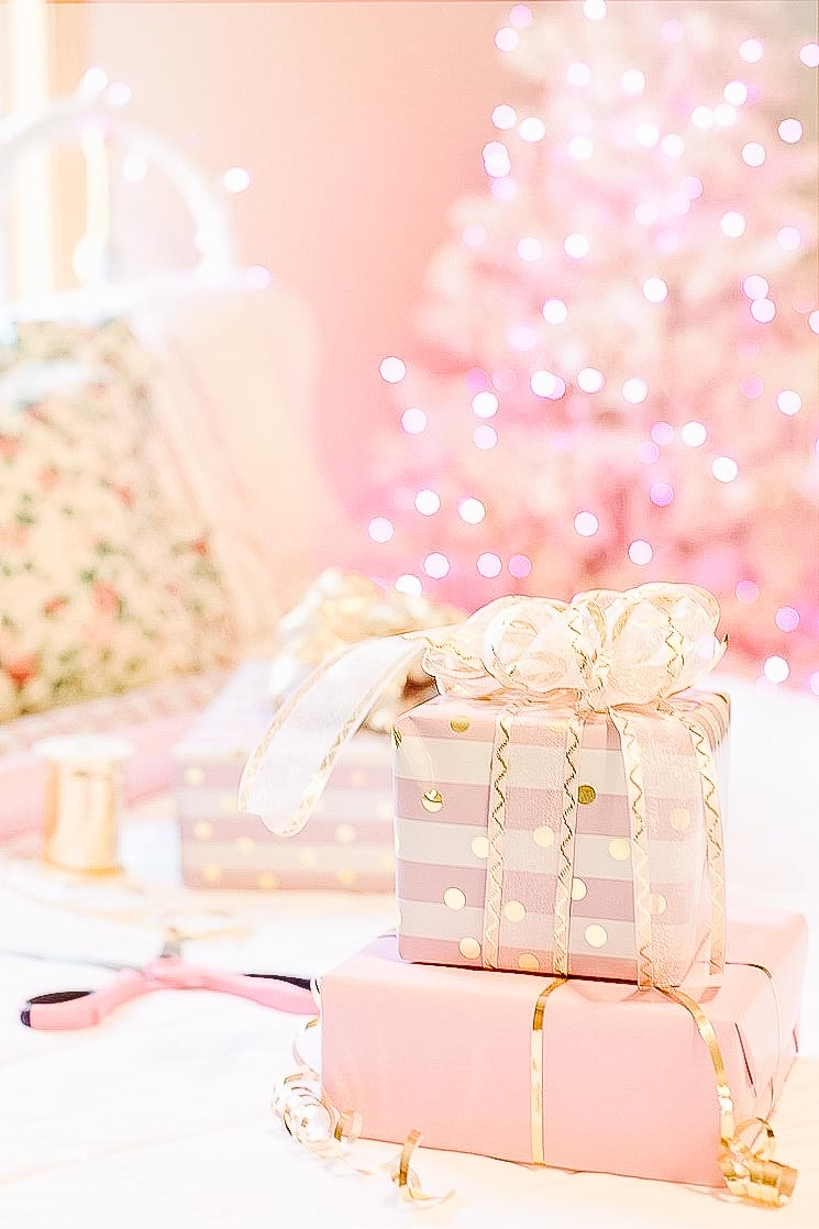 holiday planning made easy pink Christmas