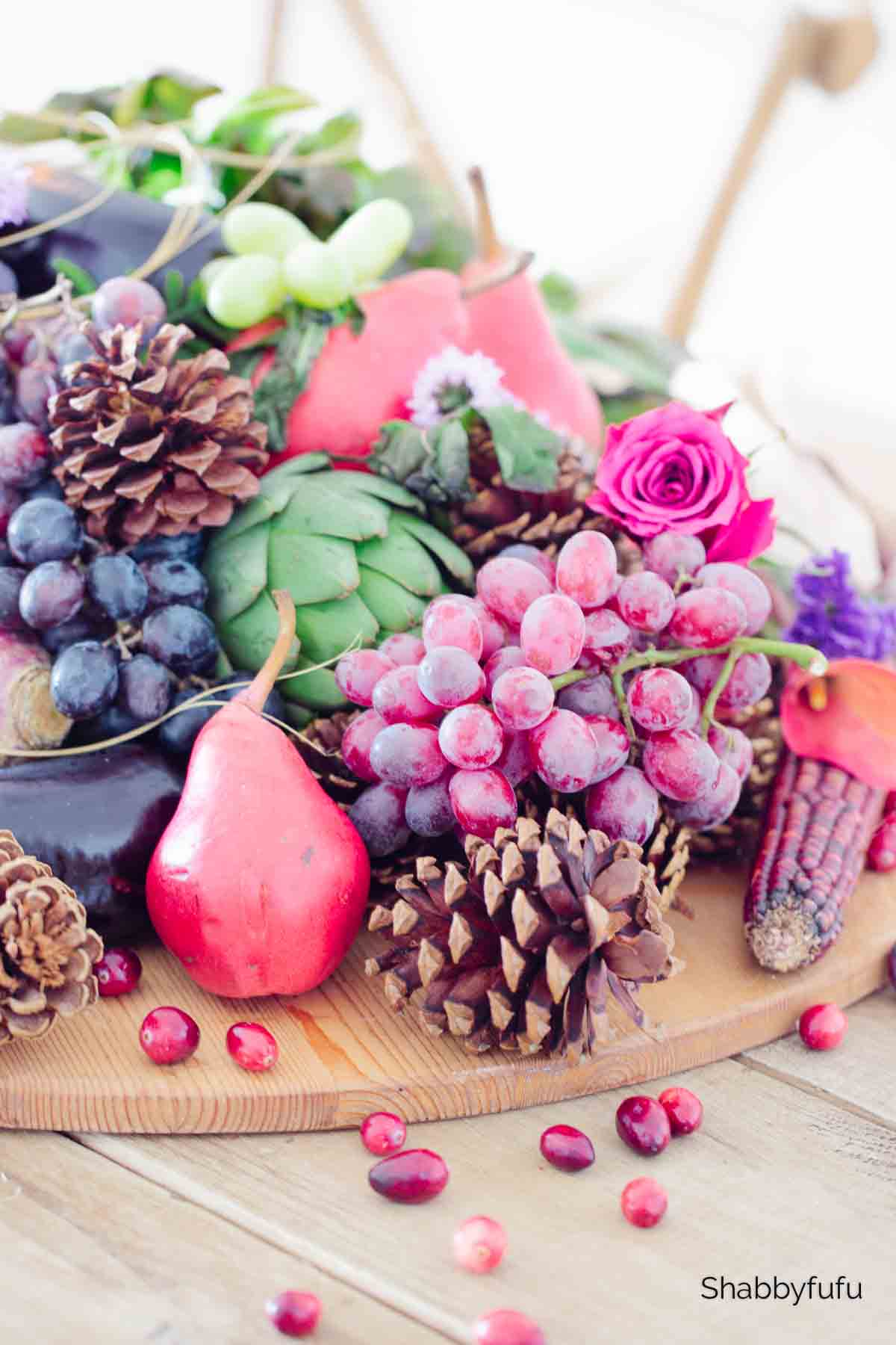 natural Thanksgiving centerpiece idea to make