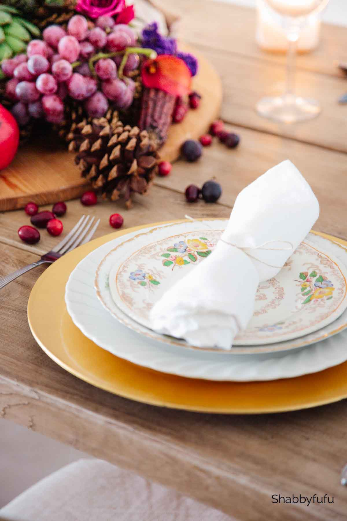 budget thanksgiving table setting