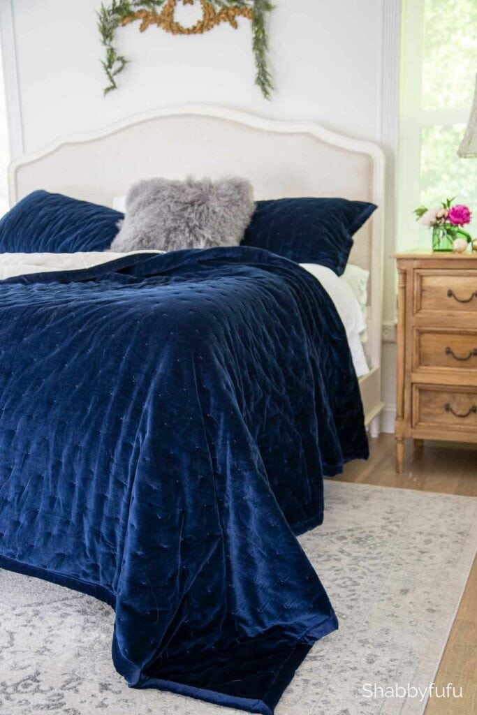 navy velvet bed for winter