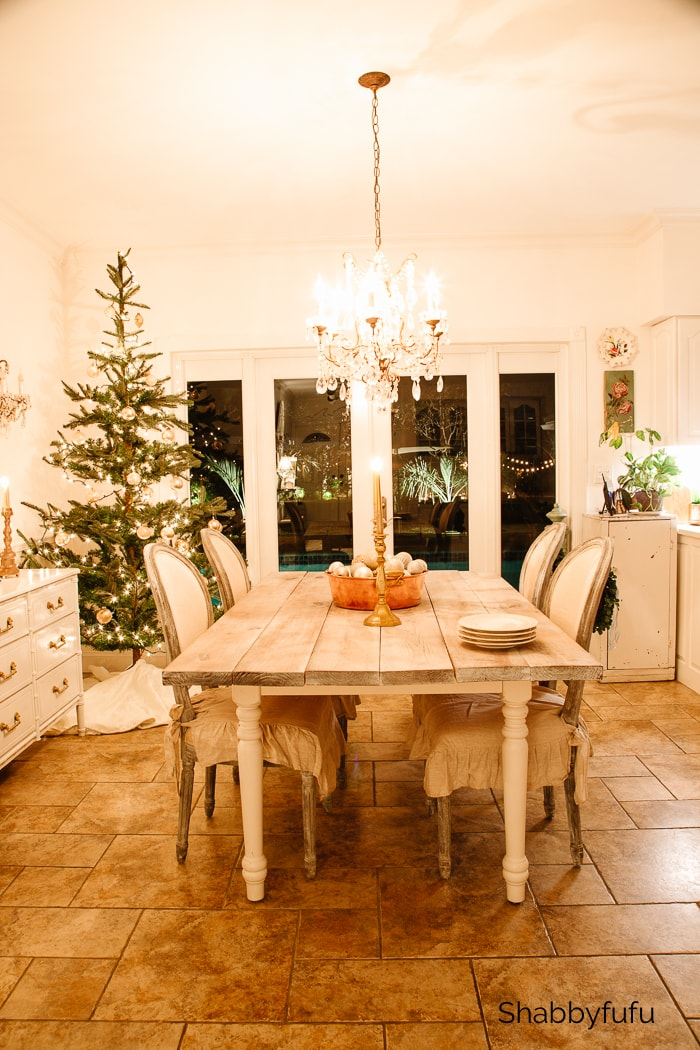 dining room Christmas twinkle lights