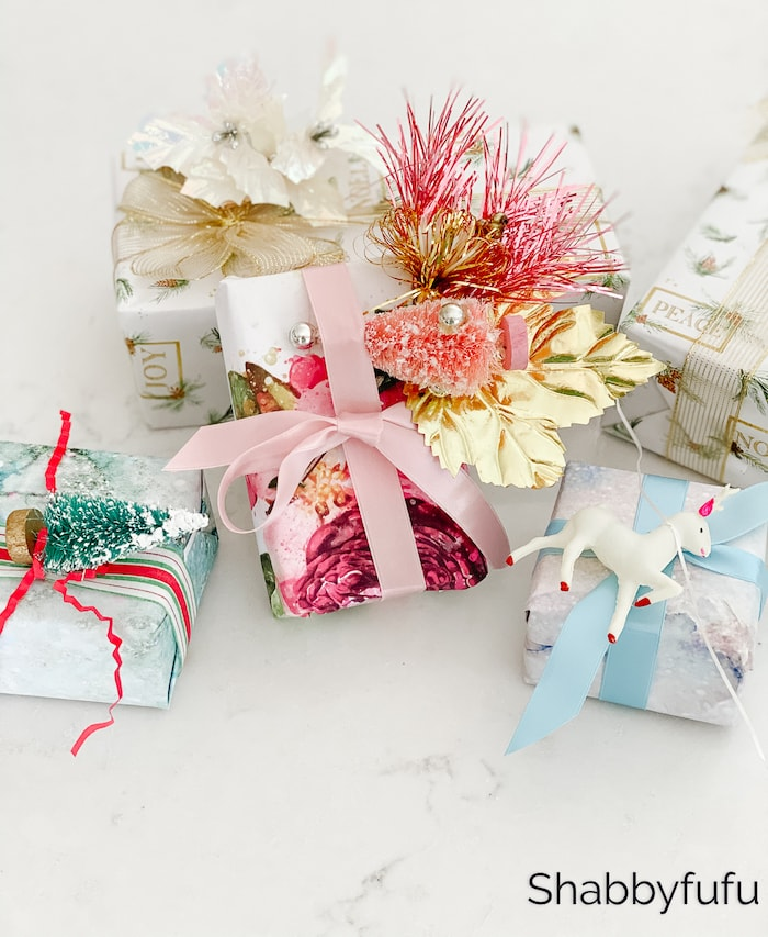 pretty pastel Christmas gift wrapping
