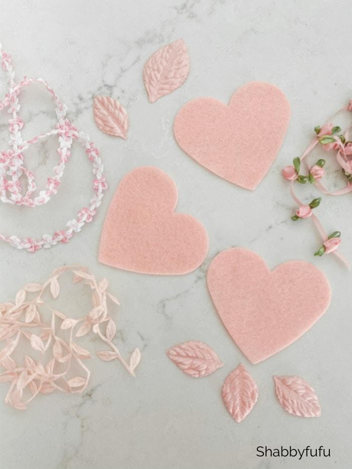 Felt Hearts supplies