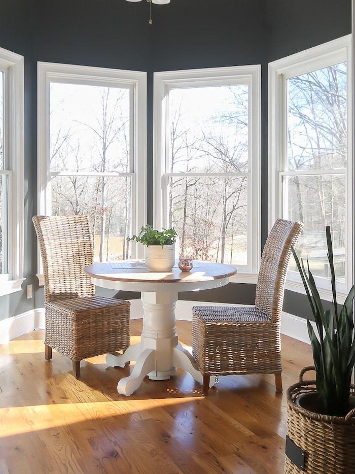 stylish transitional farmhouse breakfast room