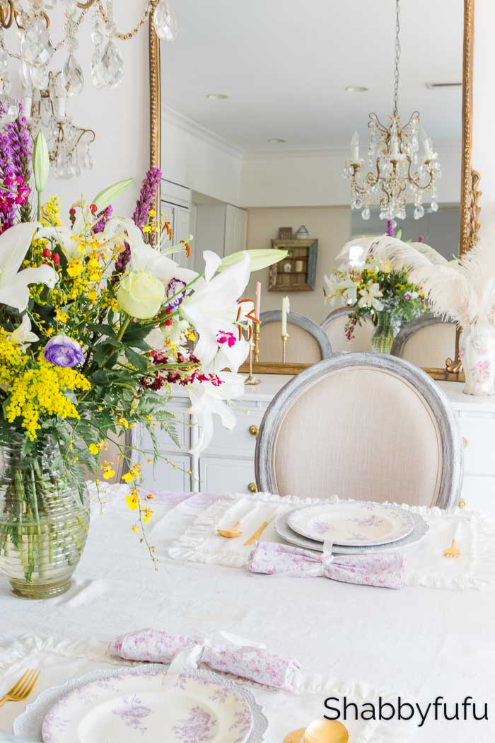 spring decorating looks dining room