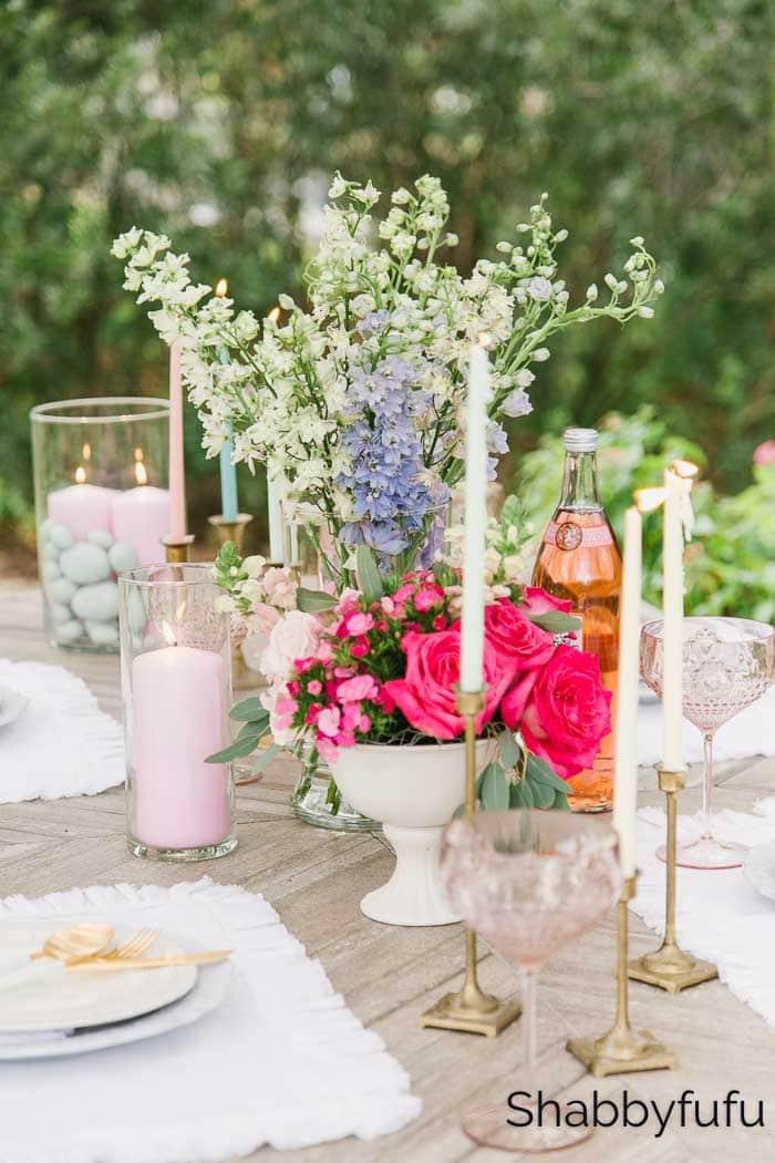 simple spring table decorations with flowers and candles