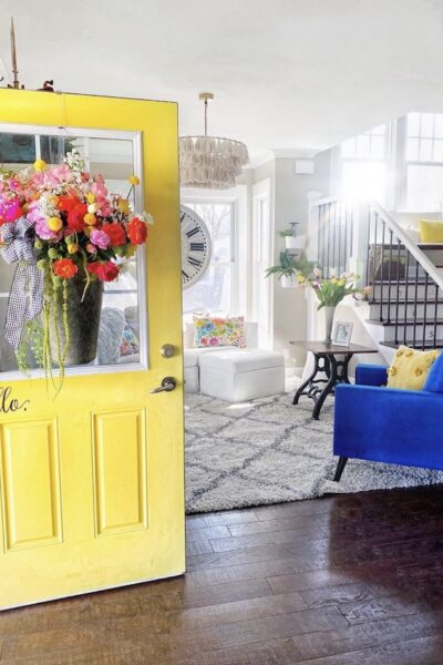 colorful farmhouse style home tour at shabbyfufu.com