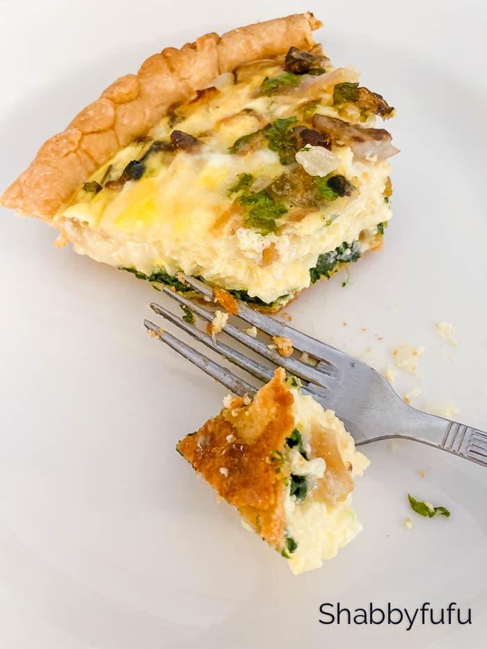 dairy free spinach quiche slice