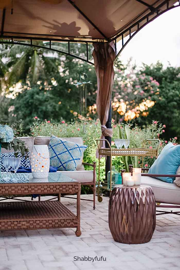 garden stools used outdoors