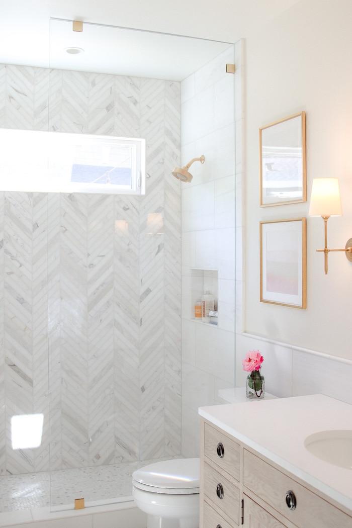 modern glam decor bathroom