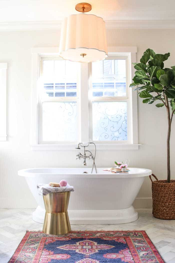 modern glam home decor master bathroom