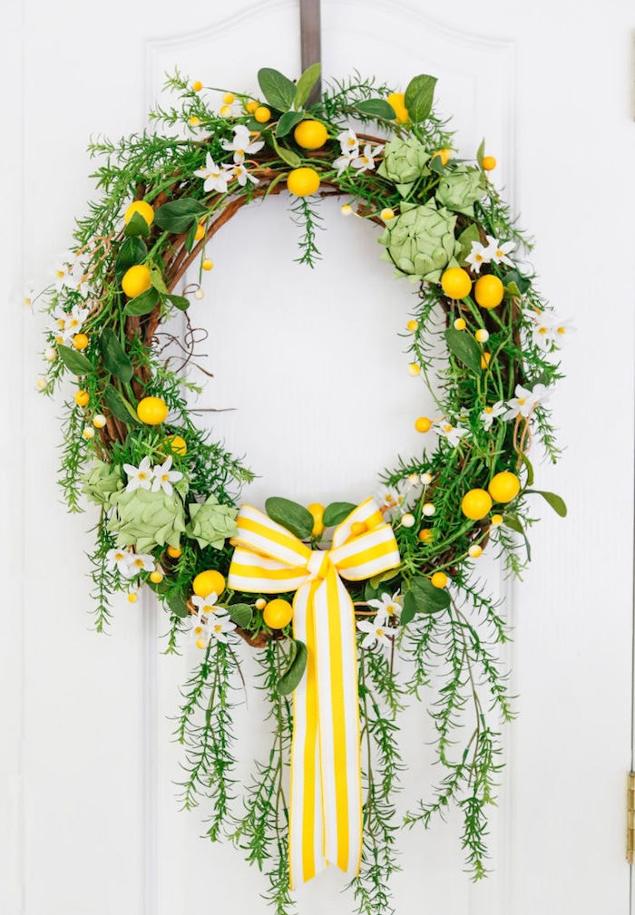 lemon wreath with a yellow and white bow