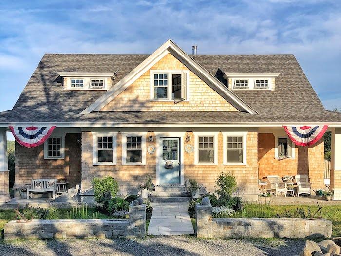coastal home in Maine