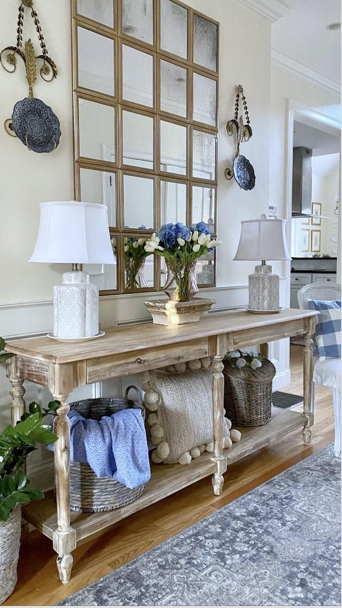 cottage style foyer