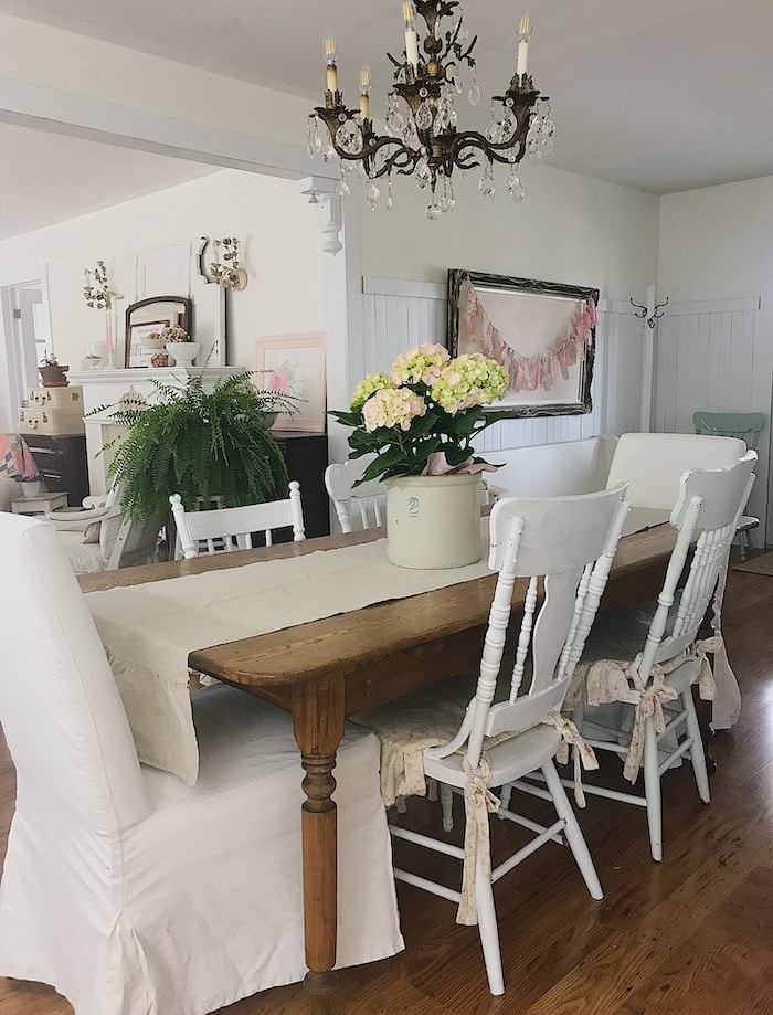 farmhouse chic home tour dining room