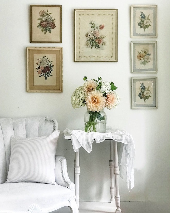 spring vignette farmhouse chic