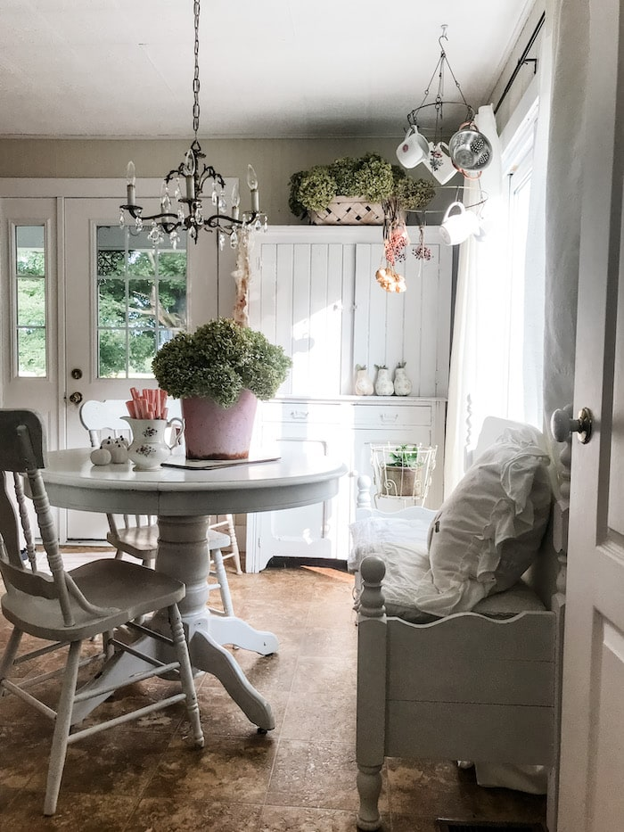 farmhouse chic home budget kitchen