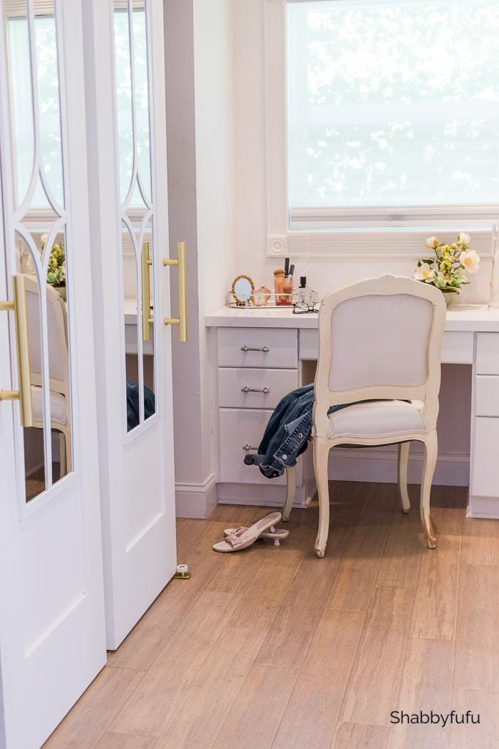 mirrored elegant barn door diy
