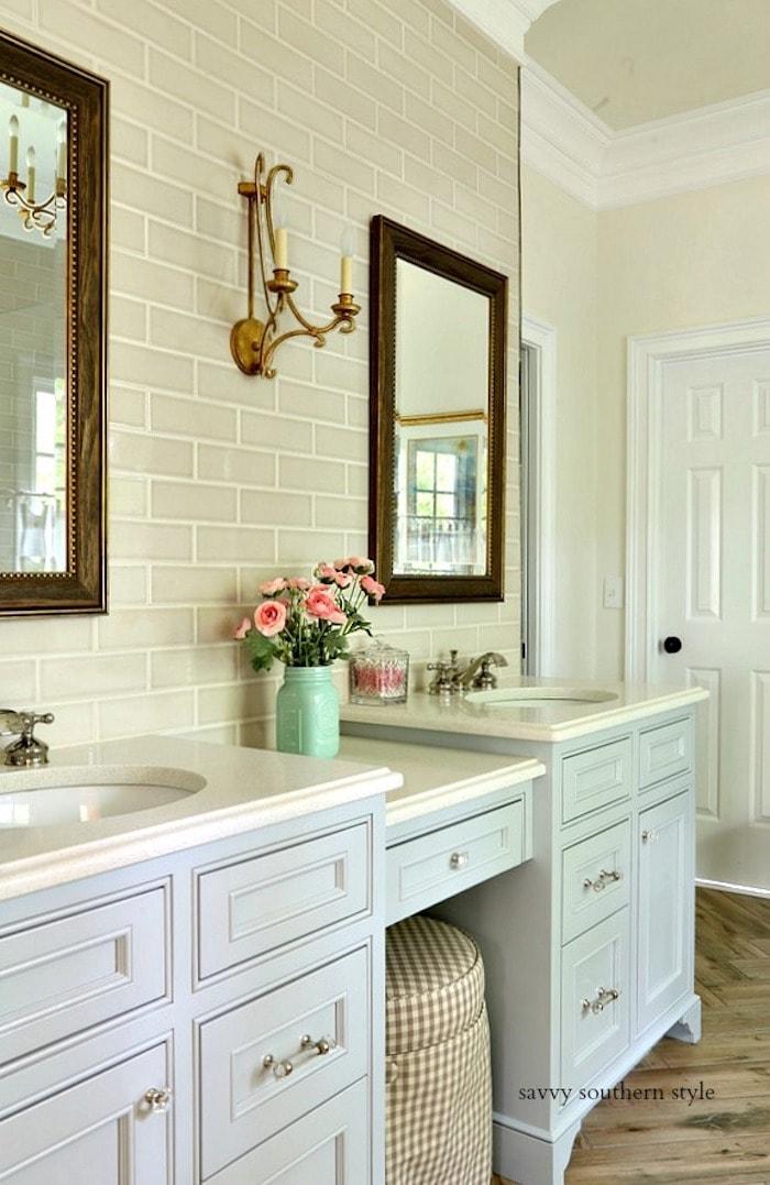 savvy southern style master bathroom