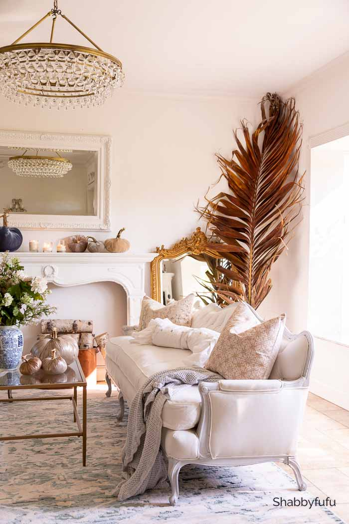 fall French decor in the living room