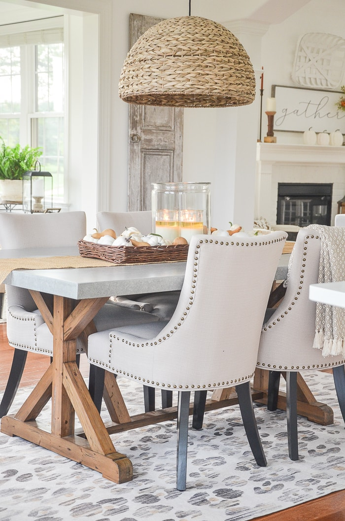 transitional style farmhouse dining room