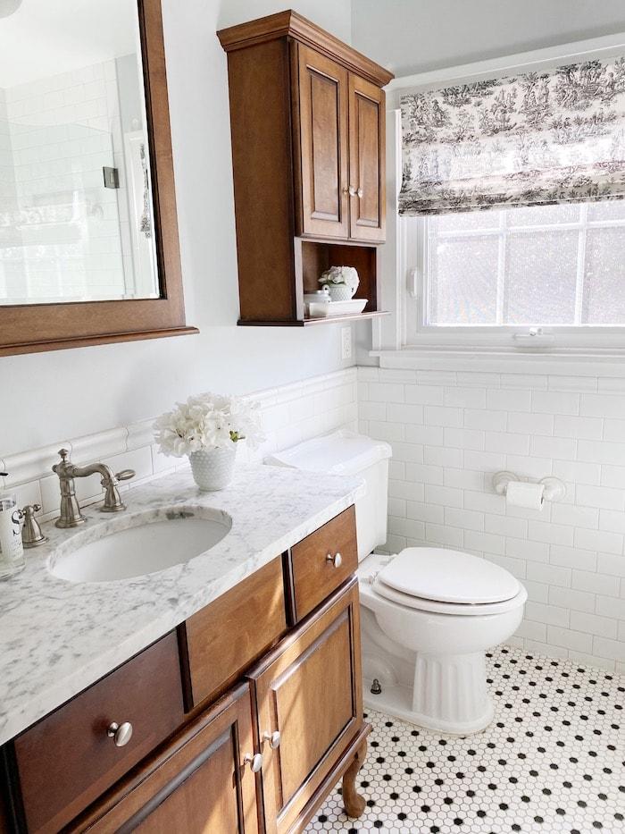 casual elegance master bathroom