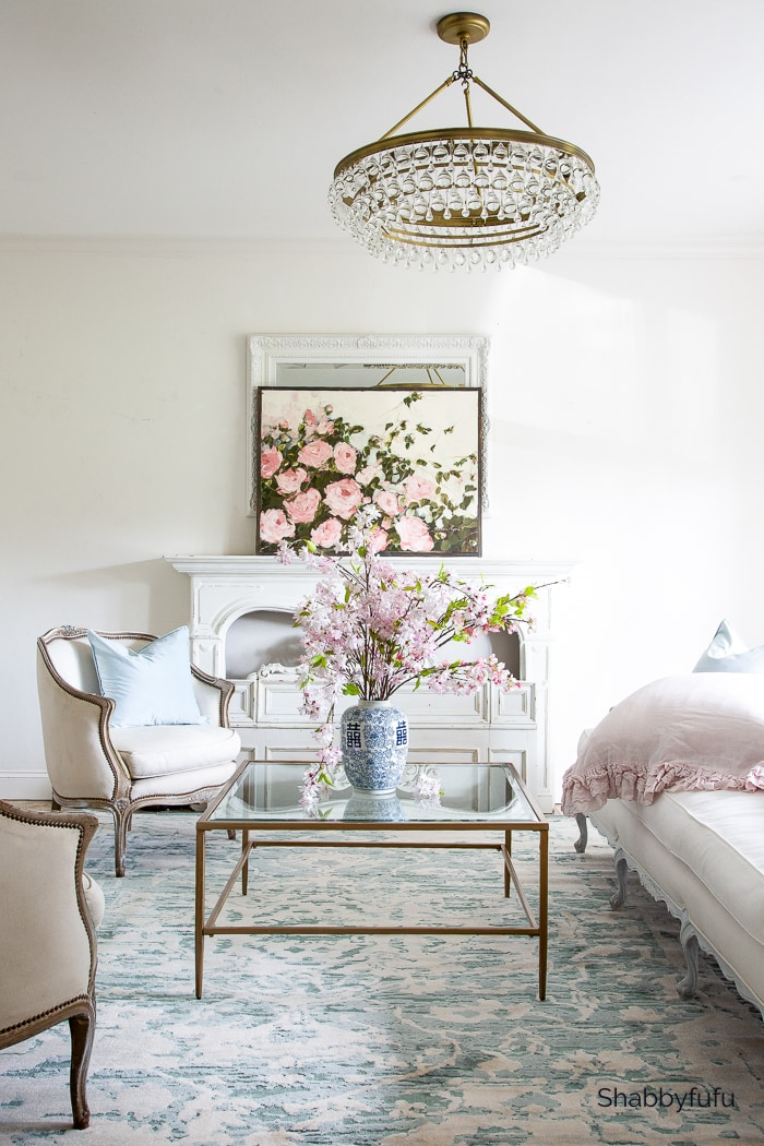 contemporary French interior shabbyfufu living room