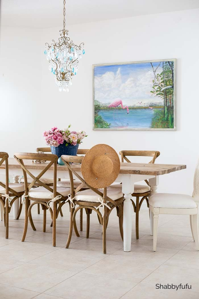 simple Friendsgiving ideas coastal decorating