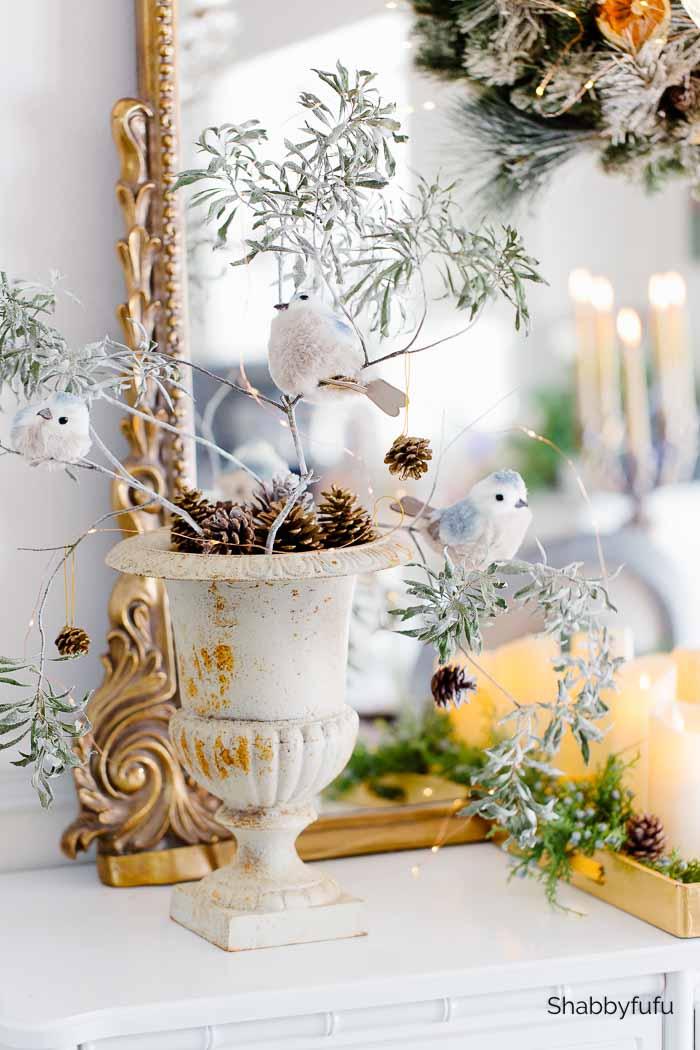 Gold Christmas decor