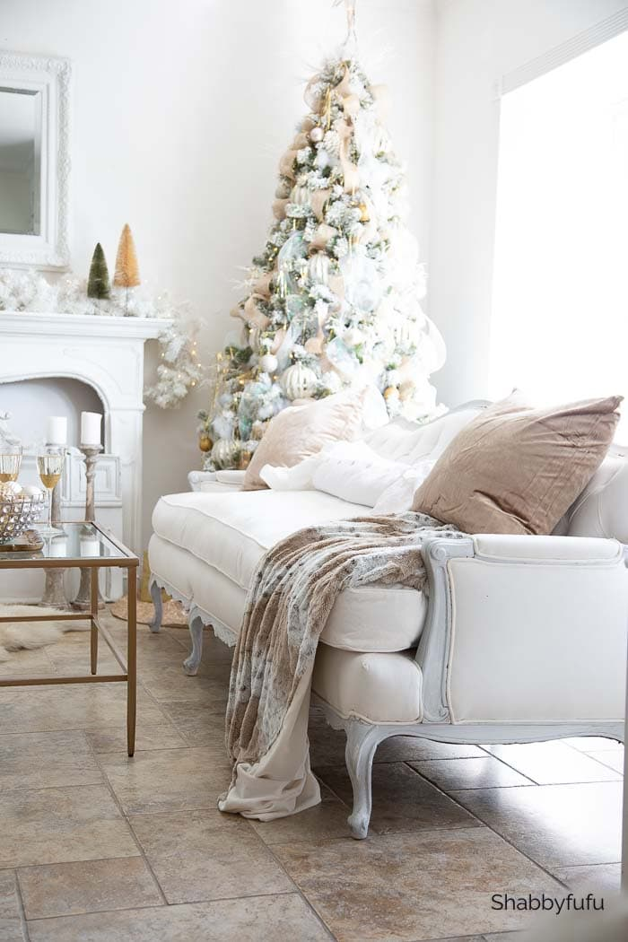 Christmas Living Room - Elevated Elegance