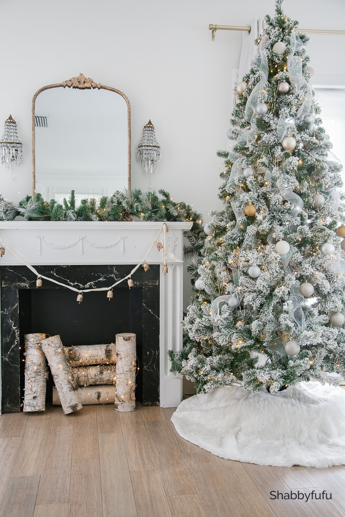 Shabbyfufu Christmas Home Tour 2020 Master Bedroom