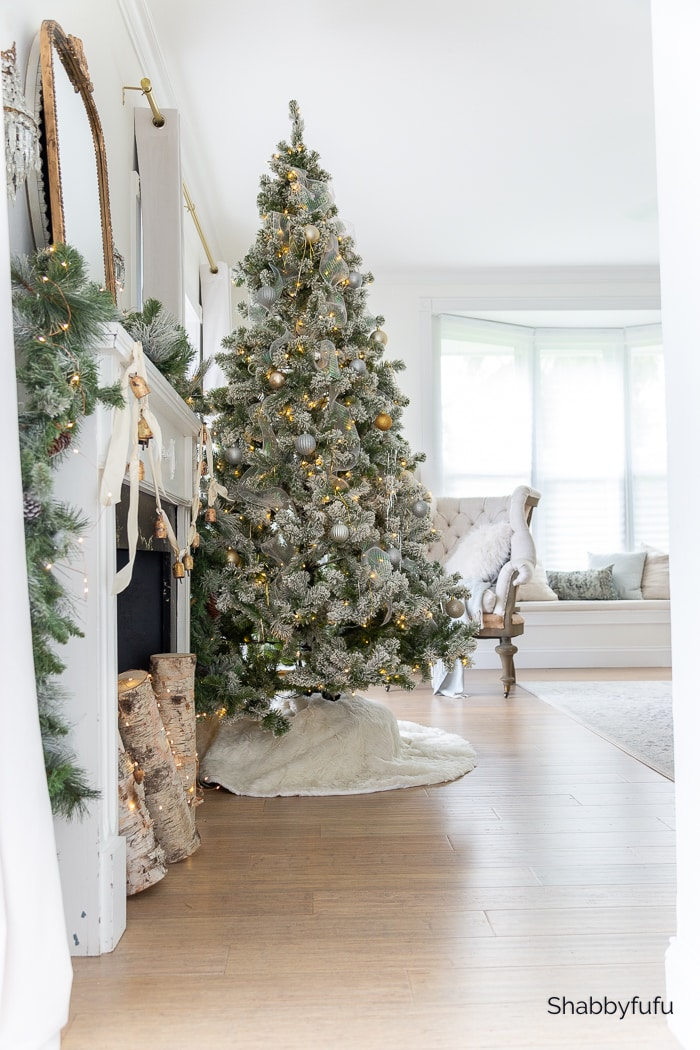 Shabbyfufu Christmas home tour bedroom 2020
