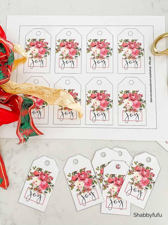beautiful free Christmas printable gift tags