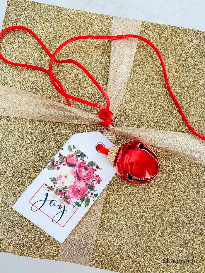 Christmas peonies gift tags