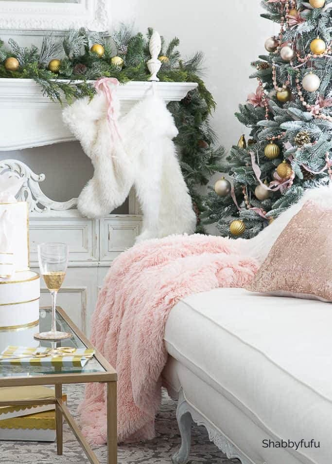 pink Christmas ornaments ideas
