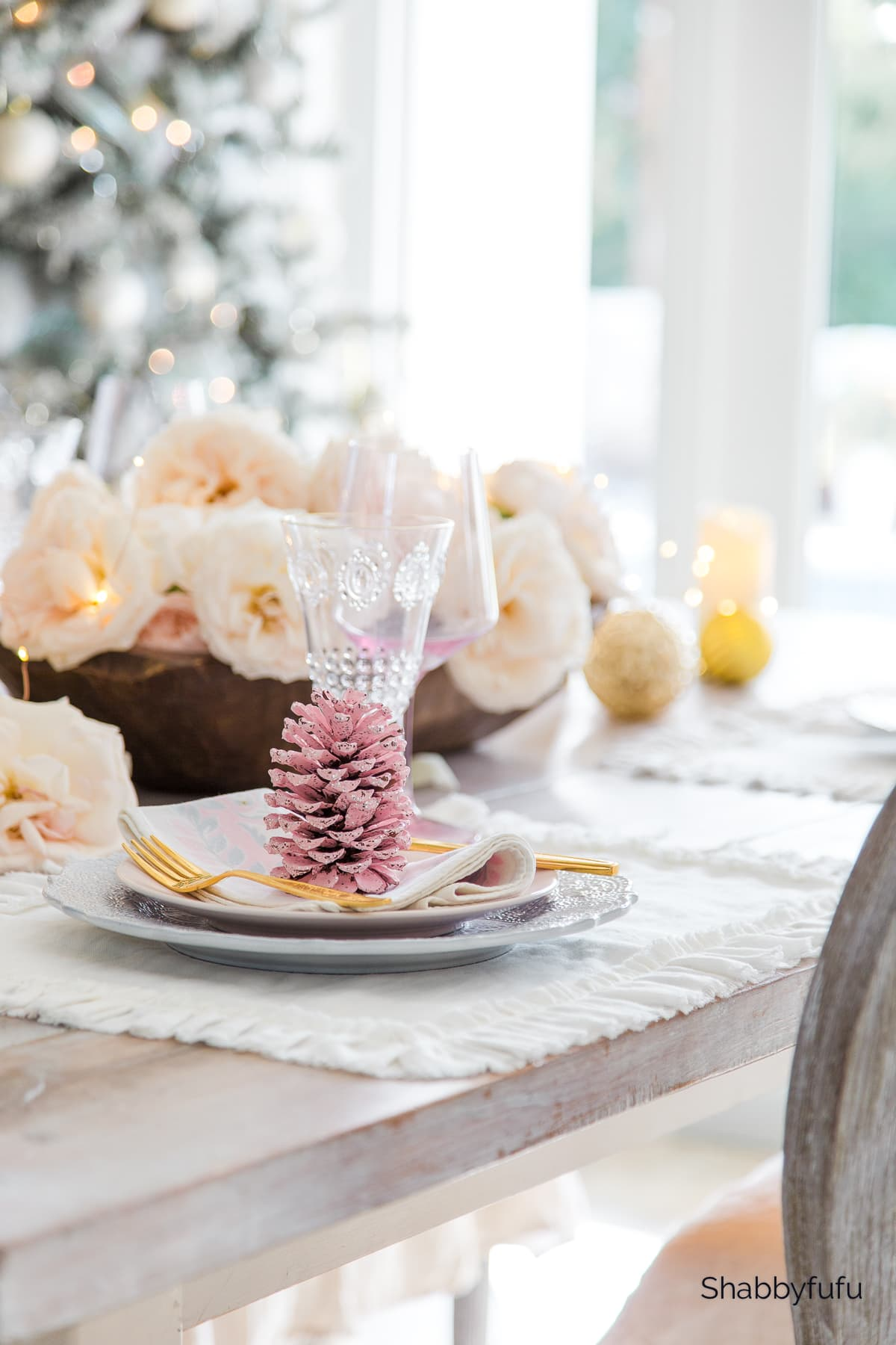 Shabbyfufu I Christmas Tablescape In Pink