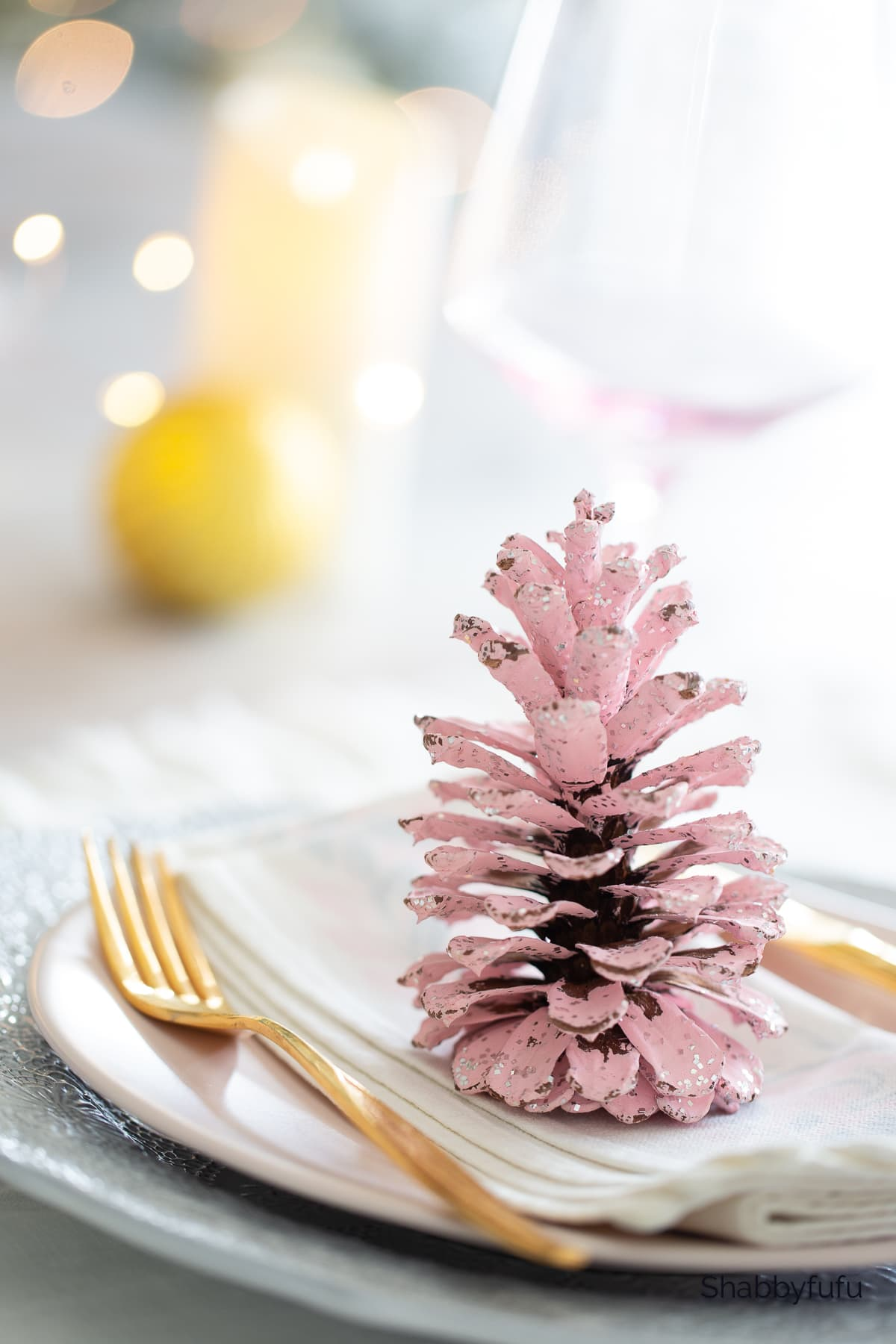 shabbyfufu how to paint pink pine cones