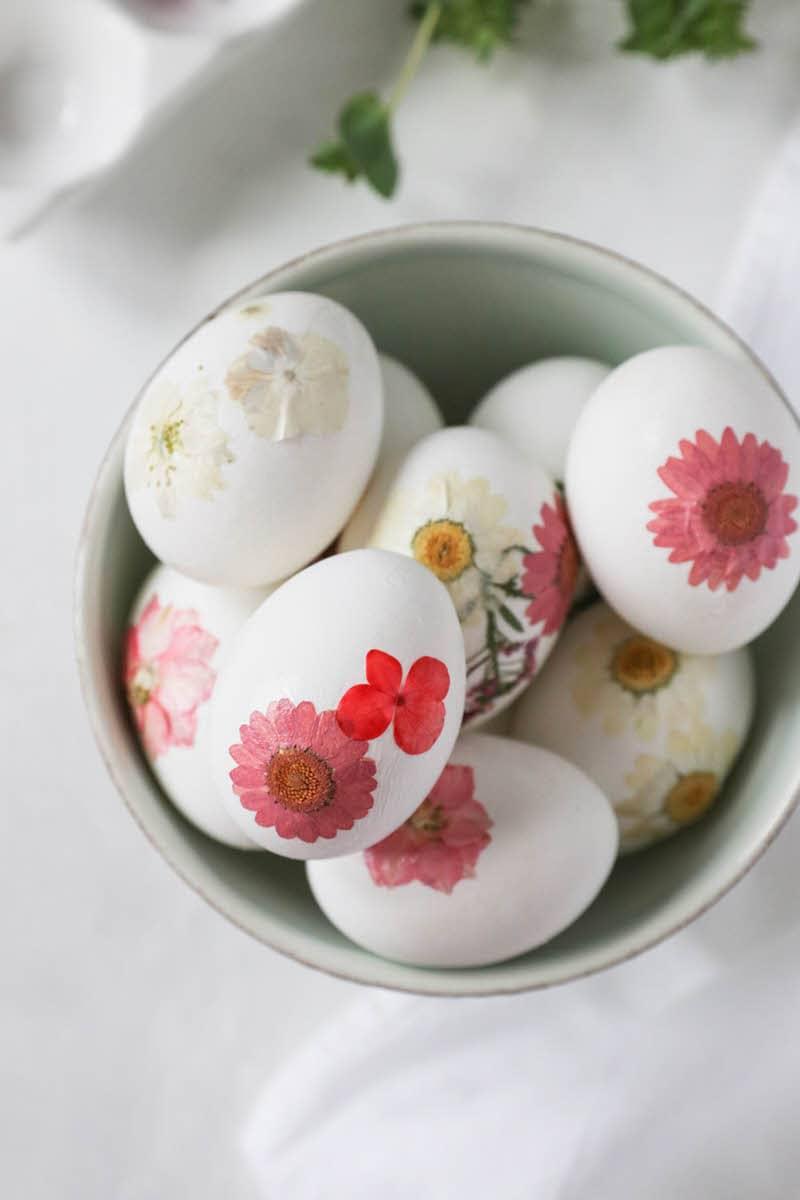 pressed flower diy floral easter eggs