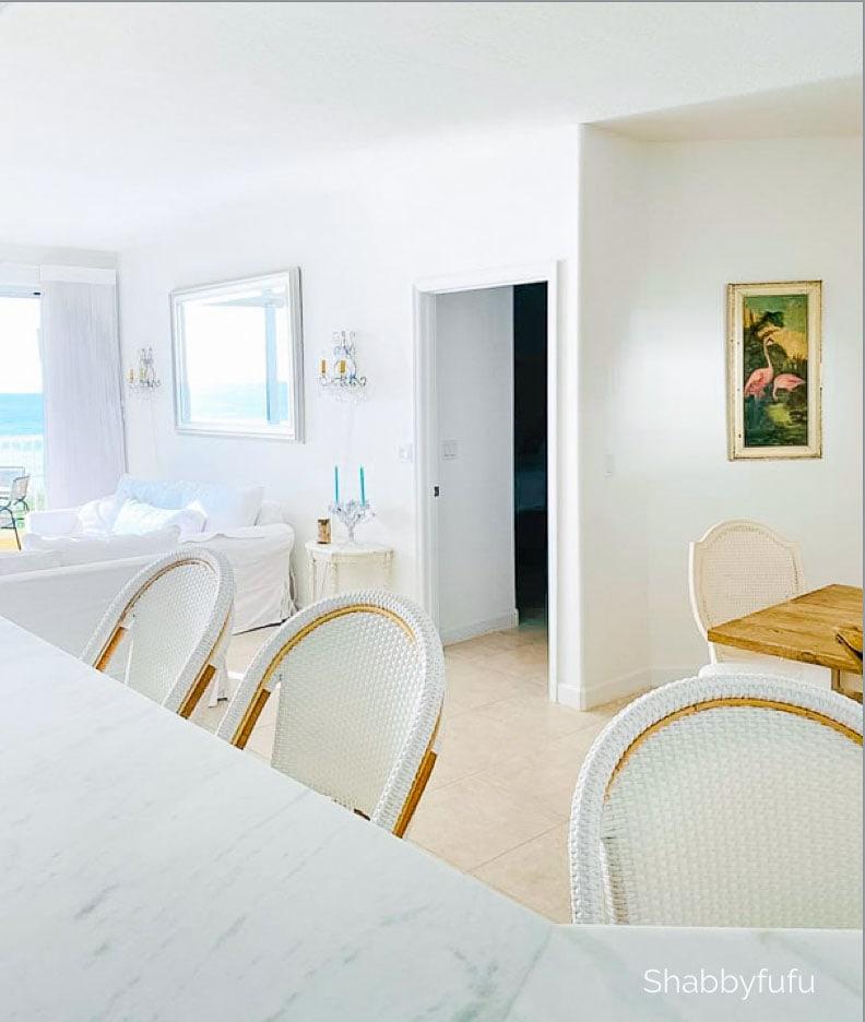 Modern coastal style home shabbyfufu