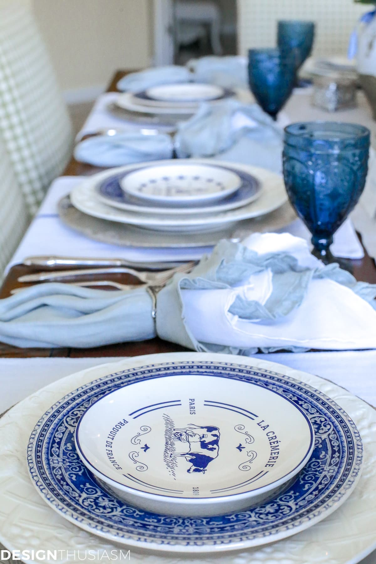 Designthusiasm | Country French Blue and White Tablescape