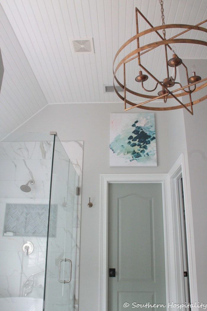 picture of bathroom wall showcasing a greige paint color