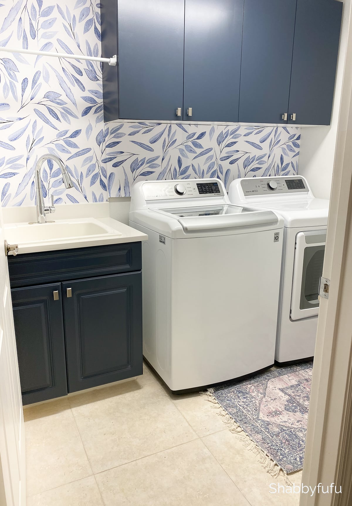 cabinets painted with Benjamin Moore Hale Navy