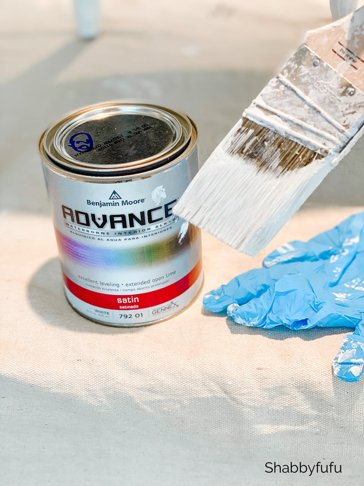 benjamin moore advance paint satin white