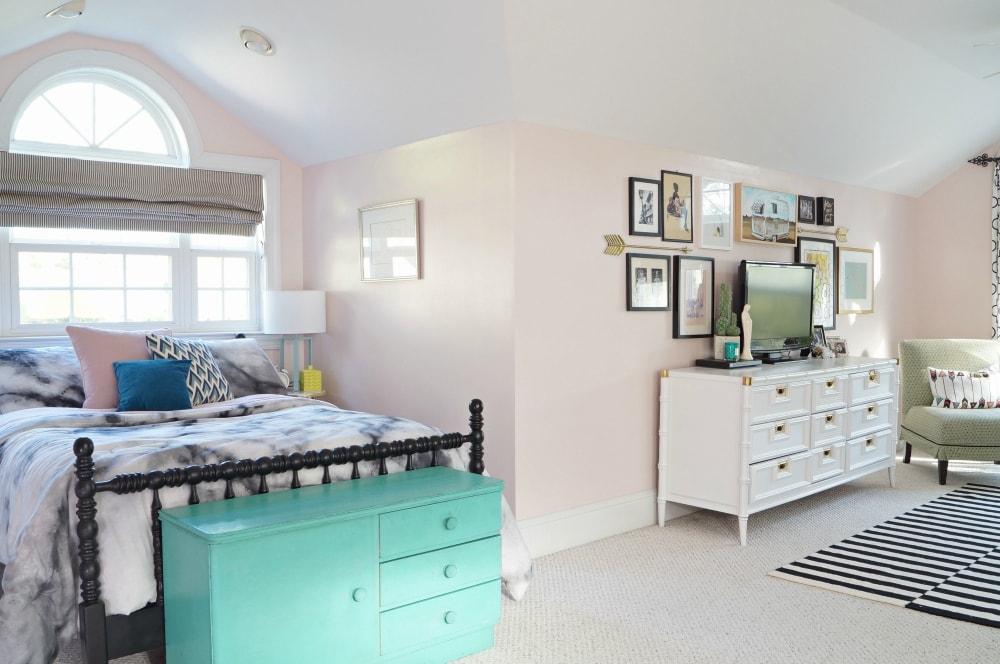 mid century modern home teen bedroom